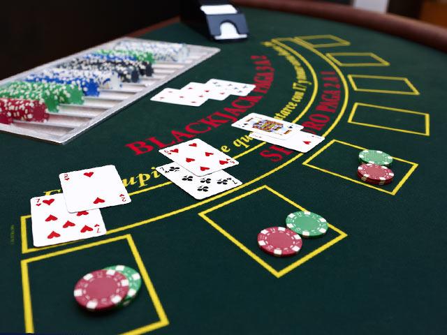 Grunnleggende blackjackstrategi